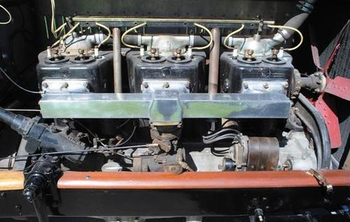 1918 American LaFrance Open Speedster Engine