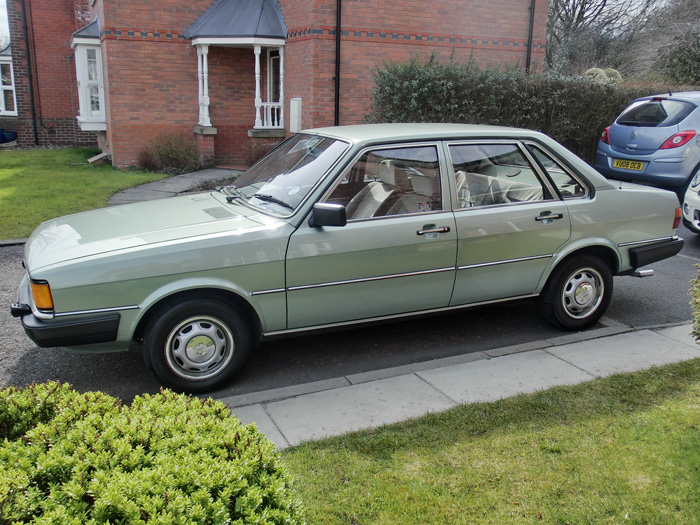 1984 Audi 80 1.8 GL Left Side