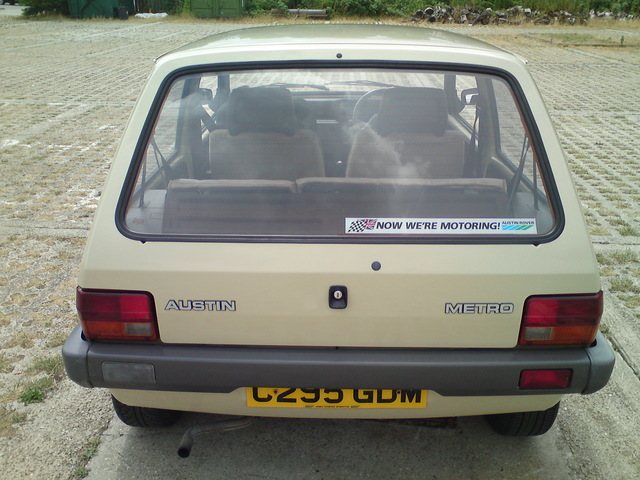1985 austin metro city beige back