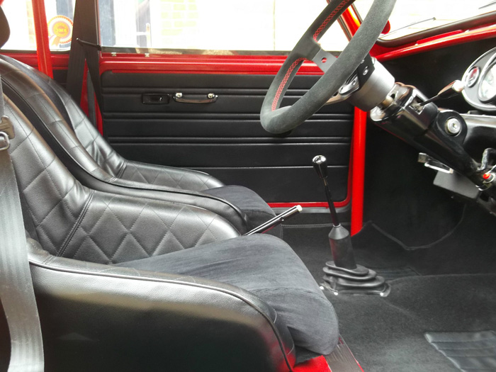 featured cars austin mini 1971 austin mini cooper s race replica ref 803. Black Bedroom Furniture Sets. Home Design Ideas