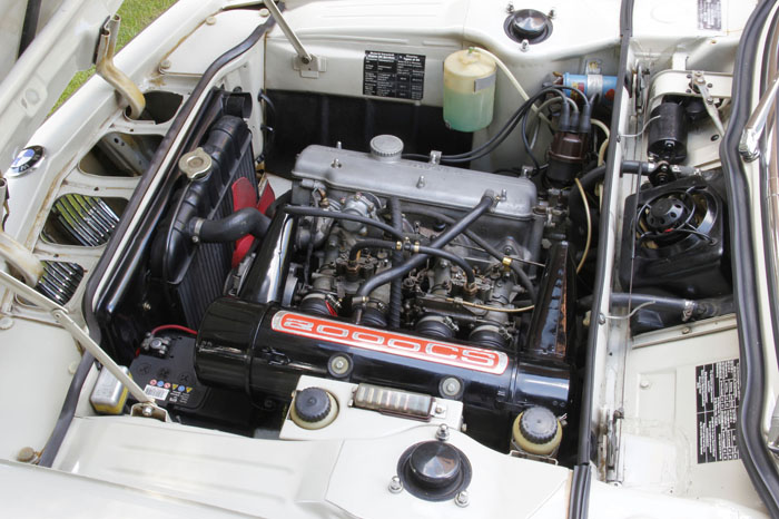 1968 BMW 2000CS Coupe Engine Bay