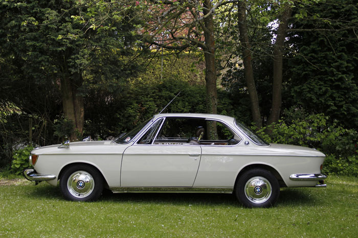 1968 BMW 2000CS Coupe Side