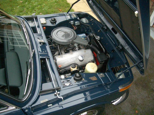 1972 bmw 2002 auto saloon national concourse winner engine bay 1