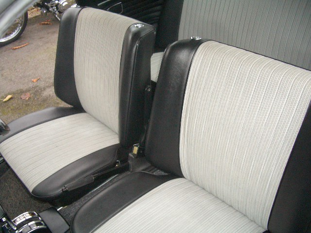 1972 bmw 2002 auto saloon national concourse winner front seats