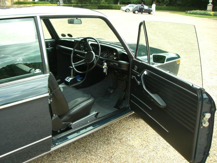 1972 bmw 2002 auto saloon national concourse winner interior 1