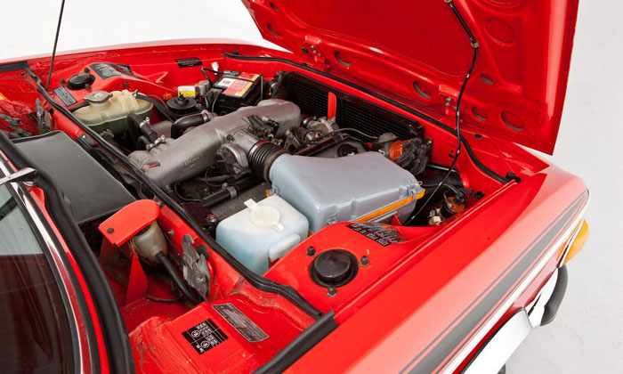 1973 bmw 3.0 csl verona red engine bay 2