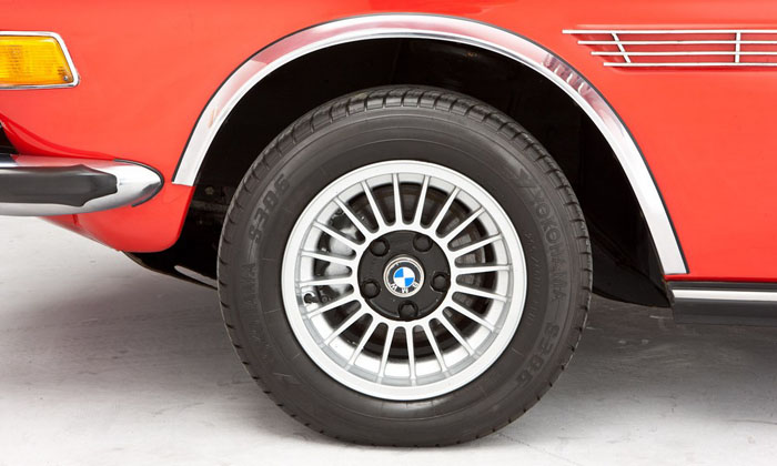 1973 bmw 3.0 csl verona red wheel