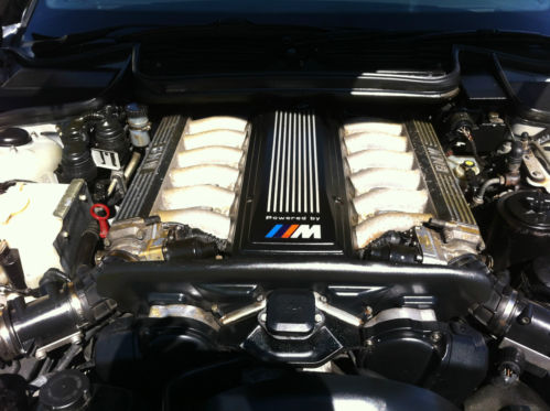 1996 BMW E31 M850 V12 CSi Engine