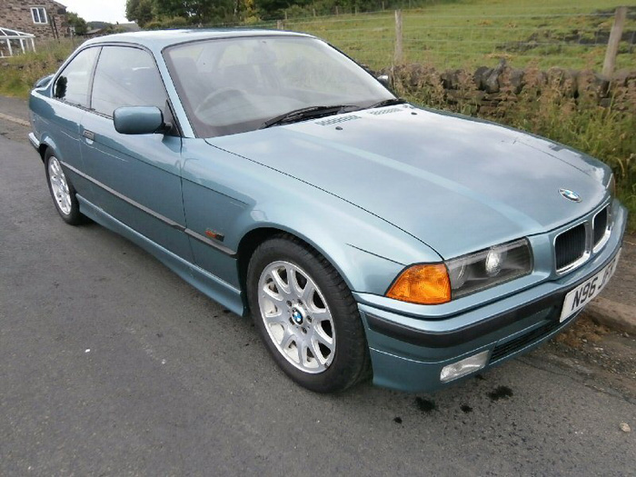 1996 BMW 323i Coupe 1