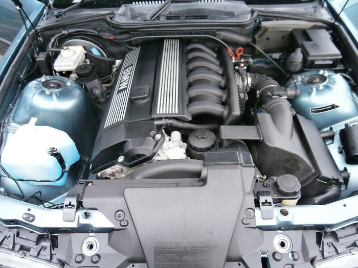 1996 BMW 323i Coupe Engine Bay