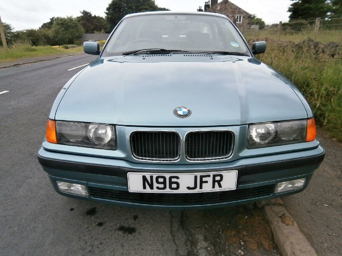 1996 BMW 323i Coupe Front