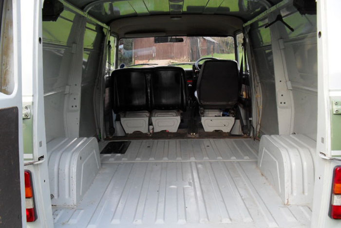 1986 bedford cf2 panel van interior 2