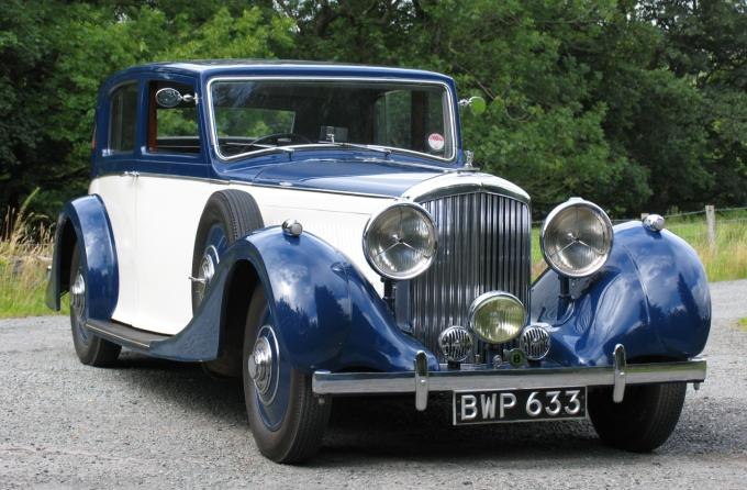 1938 bentley 4.25 litre park ward pillarless saloon 1