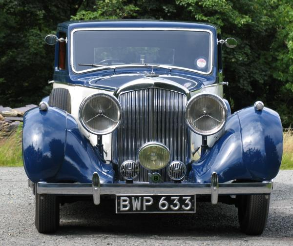 1938 bentley 4.25 litre park ward pillarless saloon 2