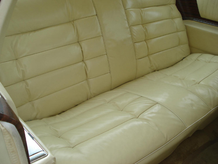 1977 Cadillac Fleetwood Eldorado 7.0 V8 Rear Seats