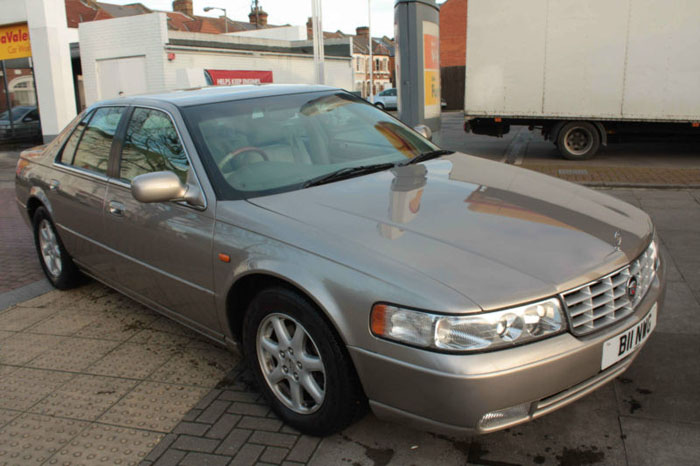 2001 cadillac seville sts v8 auto gold 1