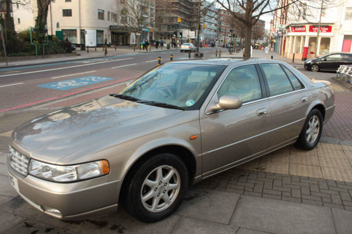 2001 cadillac seville sts v8 auto gold 2