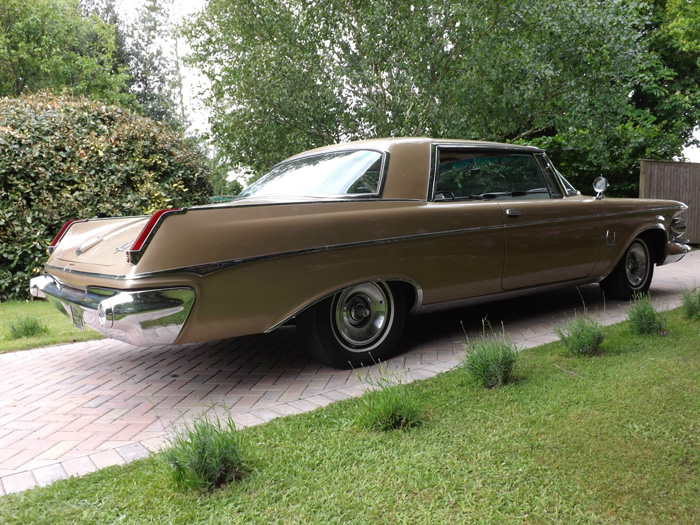 1963 Chrysler Imperial Custom Hardtop 2
