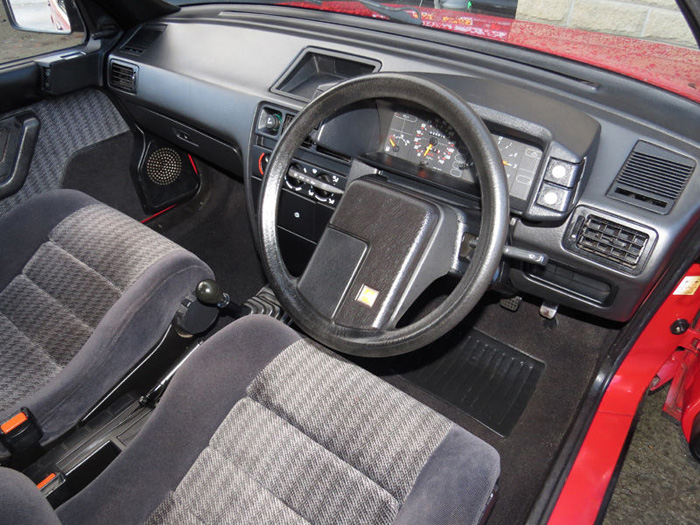 1989 Citroen BX 16 RS Pilot SE Interior 2