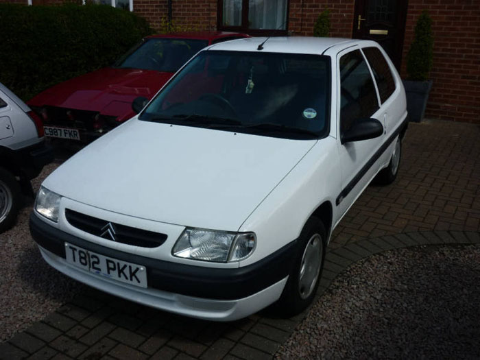 1999 citroen saxo white 2