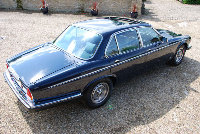 1986 daimler 5.3 v12 double six automatic 2