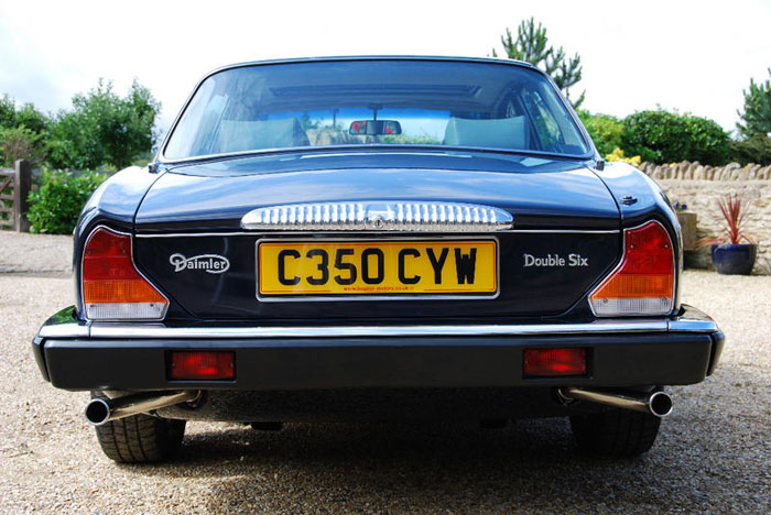 1986 daimler 5.3 v12 double six automatic back