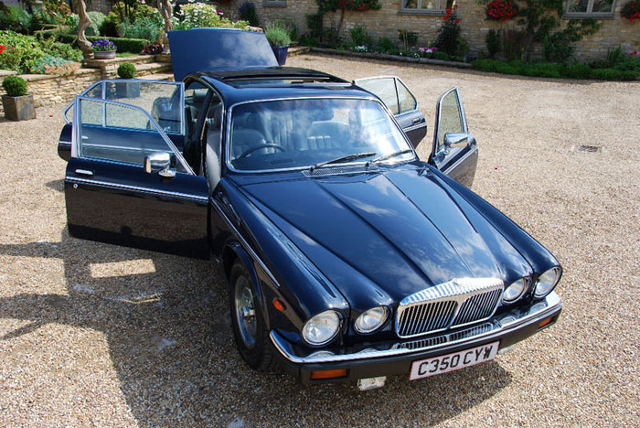 1986 daimler 5.3 v12 double six automatic front