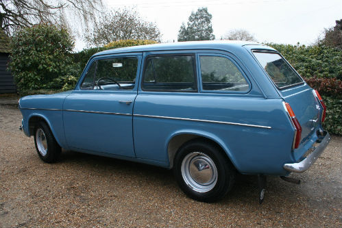1963 Ford Anglia 105E Deluxe Combi Estate 2