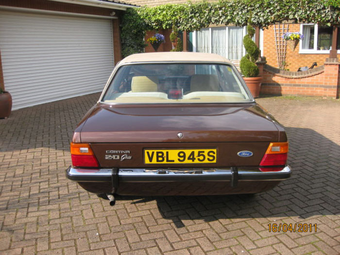 1978 ford cortina 2000 ghia mk4 back