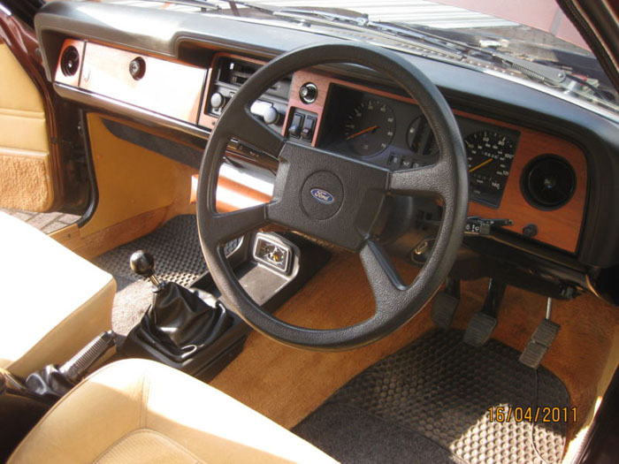 1978 ford cortina 2000 ghia mk4 interior