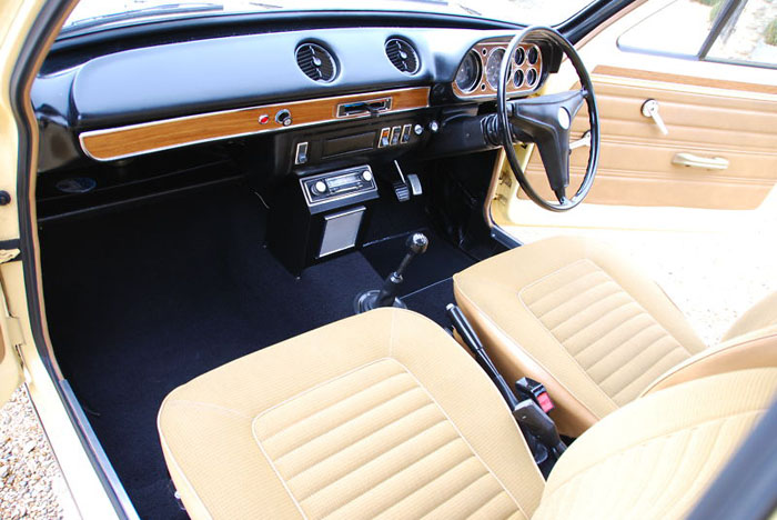 1974 ford escort mk1 1300xl 2 door interior 3