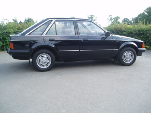 1984 ford escort 1.3 gl mk3 black 5dr 2