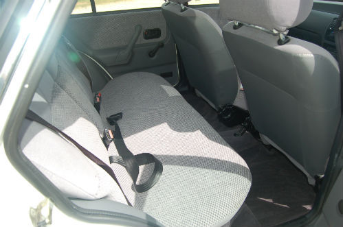 1990 ford escort 1.4 gl interior 2