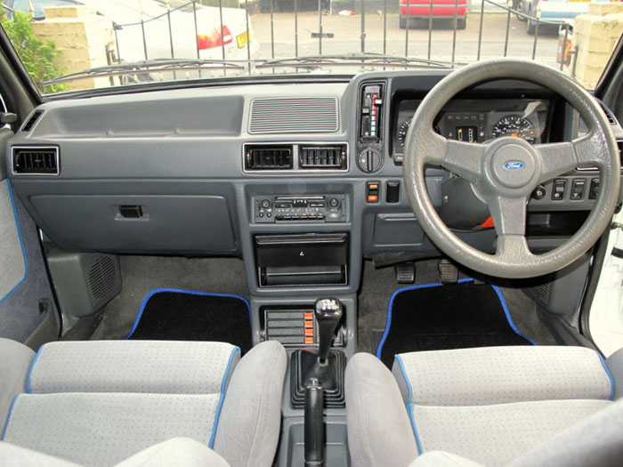 1986 Ford Escort RS Turbo S1 Interior