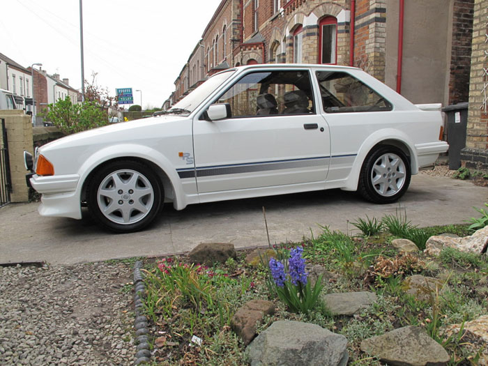 1986 Ford Escort RS Turbo S1 Side