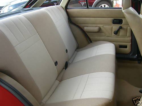 1982 ford escort mk3 1.1l 5dr interior 2