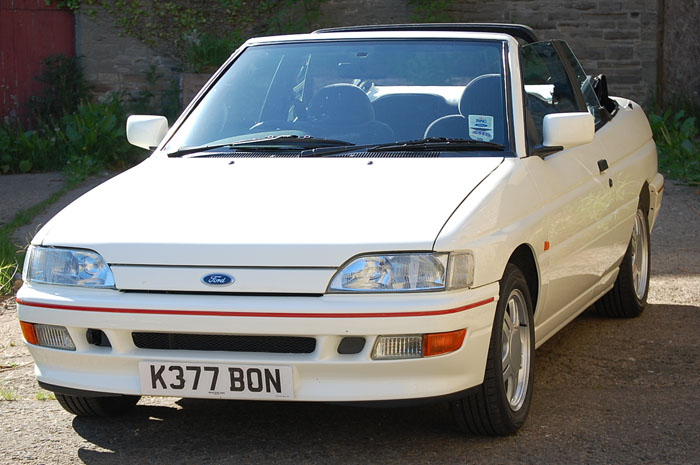 1992 Ford Escort Mk5 XR3i Convertible 1