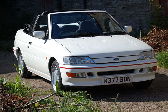 1992 Ford Escort Mk5 XR3i Convertible 2