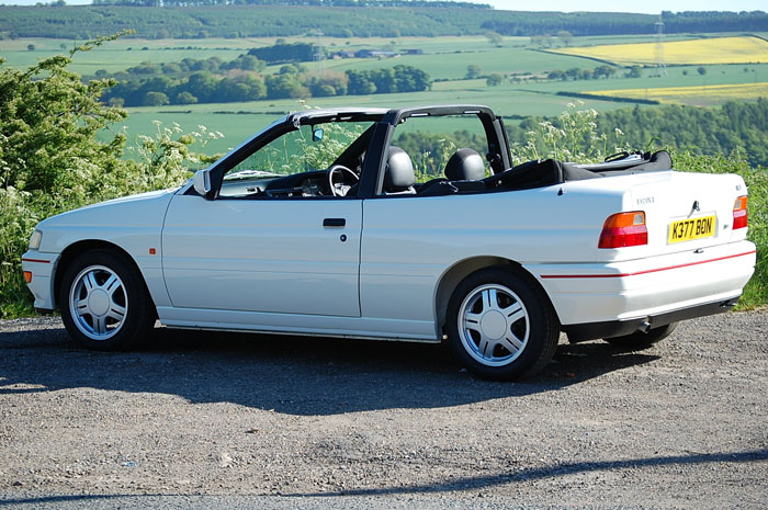 1992 Ford Escort Mk5 XR3i Convertible 3