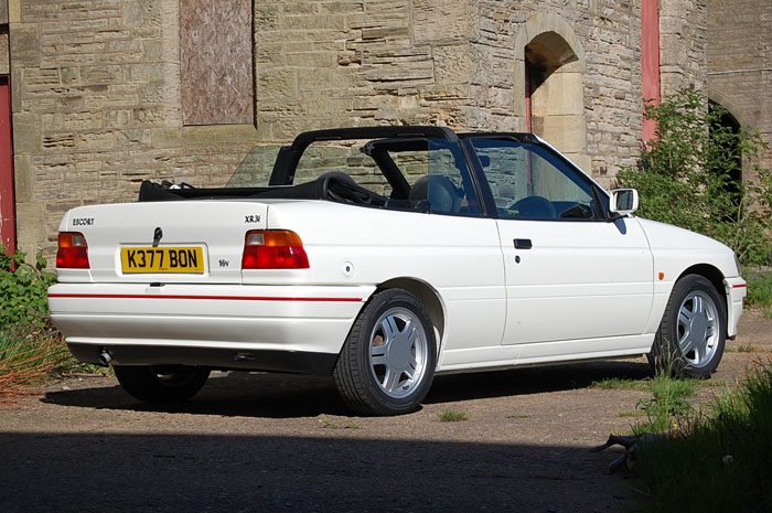 1992 Ford Escort Mk5 XR3i Convertible 5