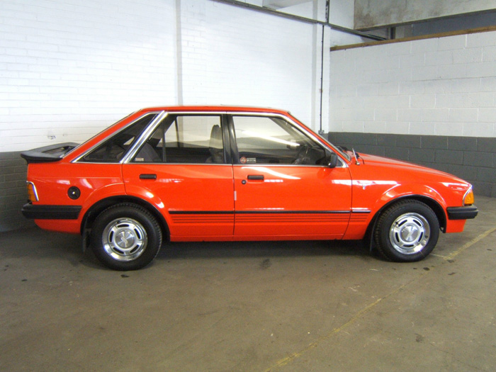 1983 Ford Escort MK3 1.6 Ghia Right Side