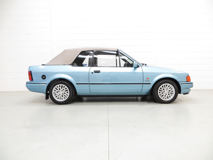 1989 Ford Escort MK3 XR3i Cabriolet Special Edition Right Side