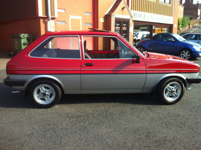 Featured Cars - Ford - Fiesta - 1982 Ford Fiesta MK1 1.1 Bravo 2 (ref 1099)