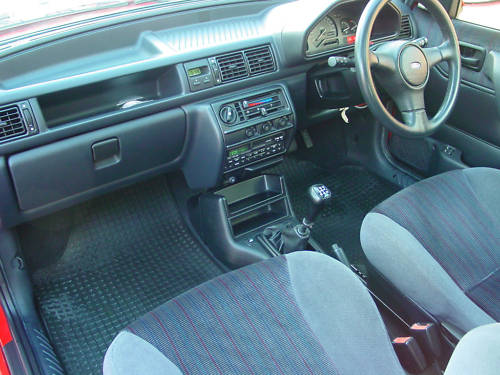 1992 ford fiesta xr2i 1.8 16v interior