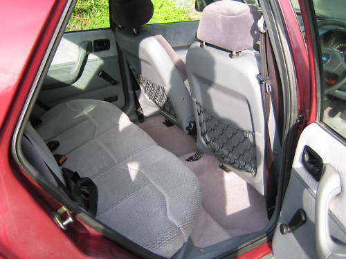 1992 ford fiesta 1.4 ghia interior 2