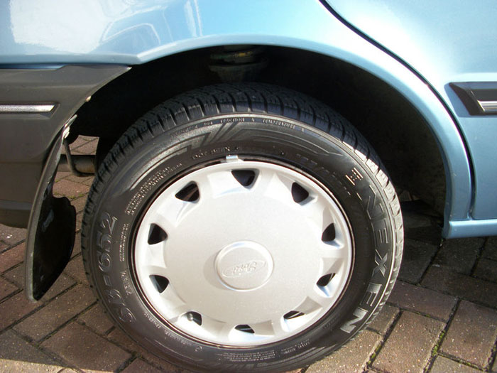 1993 ford fiesta 1.1i festival wheel