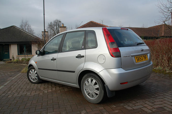 2003 53 plate ford fiesta 1.6 ghia 5 door 2