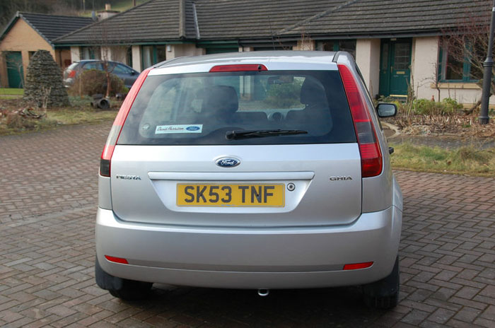 2003 53 plate ford fiesta 1.6 ghia 5 door 3