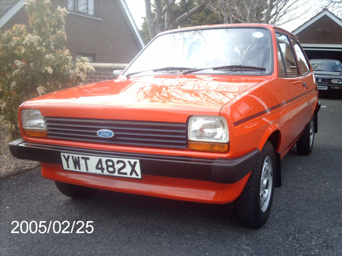 1982 ford fiesta popular plus red 1.1l 1