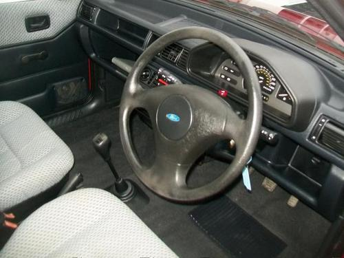 1993 Ford Fiesta 1.1L Interior Dashboard